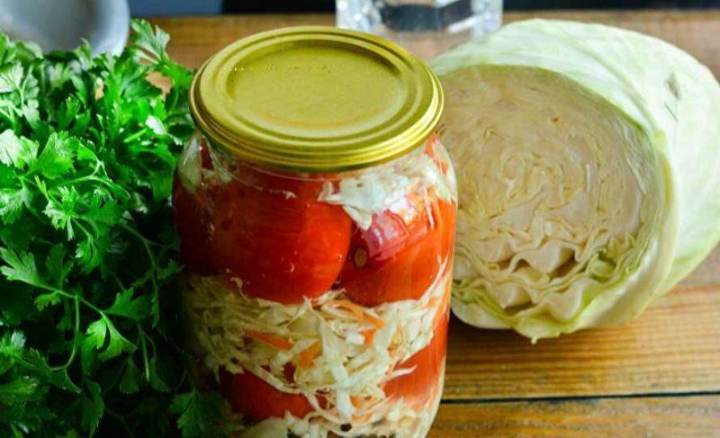Ассорти из помидоров и капусты на зиму
